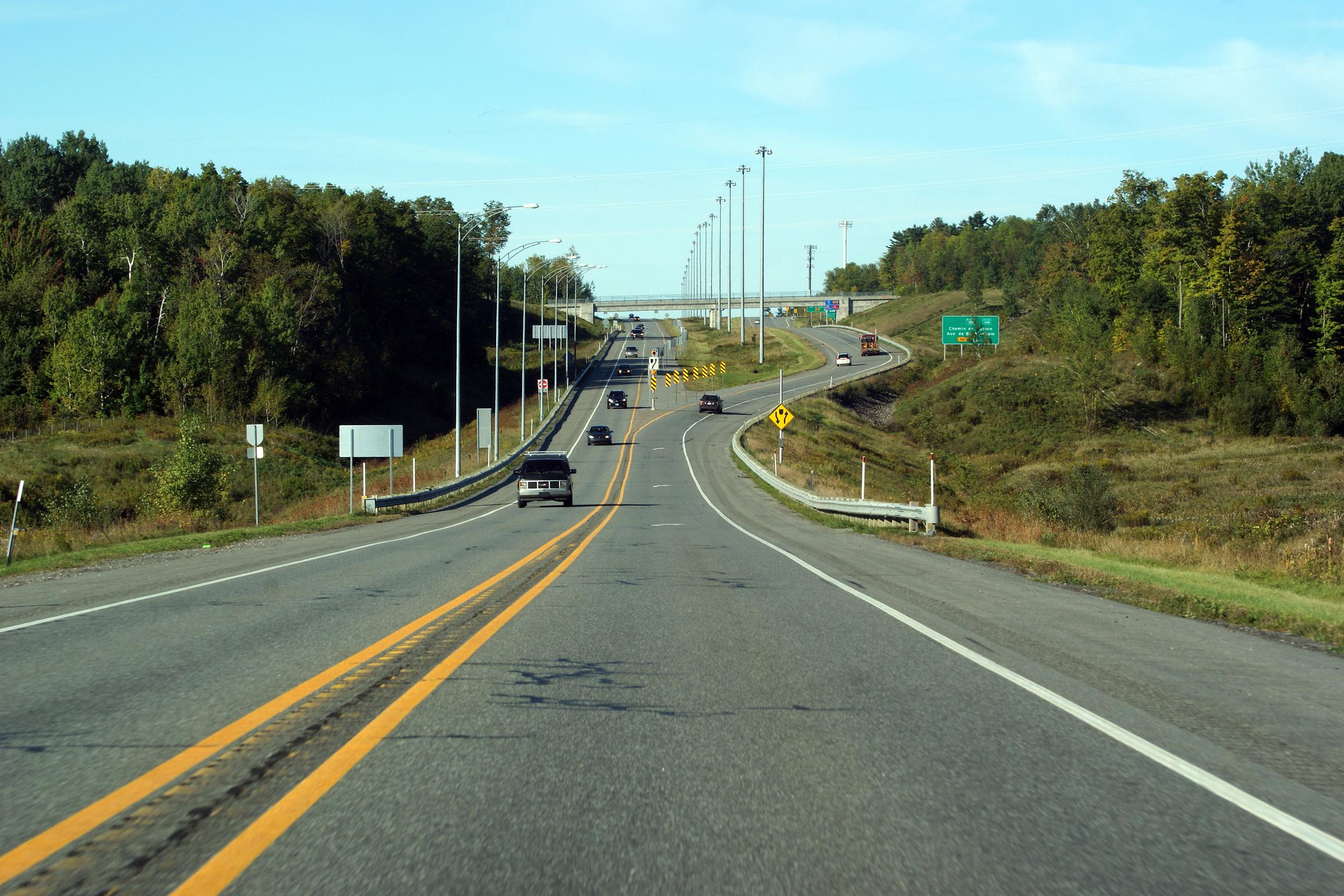 quebec autoroute 50 autoroute mirabel. Black Bedroom Furniture Sets. Home Design Ideas